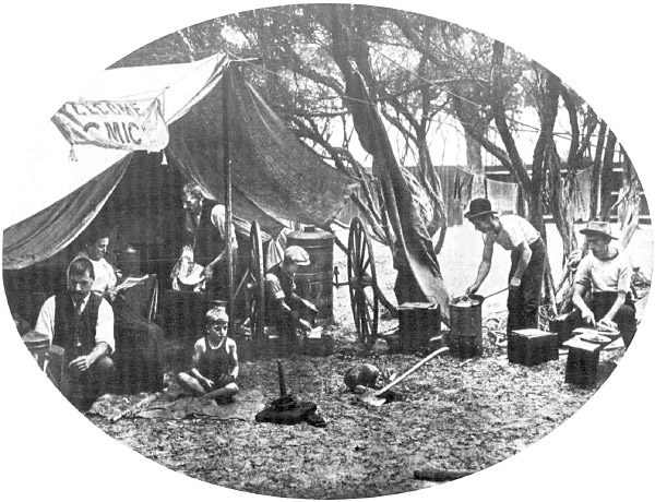 Campers at Aspendale, 1910. (Photo: The Australasian)